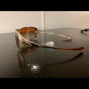Oakley Dart sunglasses, gold. EUC